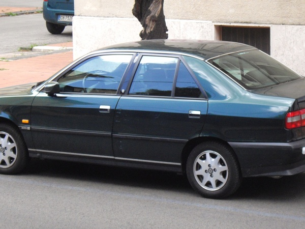 Lancia Dedra фото